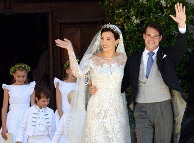 Aconteceu hoje o casamento religioso de Claire Lademacher com o Príncipe Felix de Luxemburgo, emSaint-Maximin-la-Sainte-Baume, no sul da França.A cerimôn