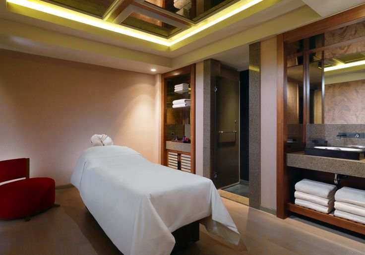 Sheraton Bursa Hotel / Shine Spa Bursa Treatment Room