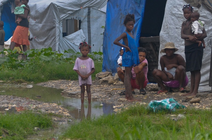54 dead in #Haiti as #Sandy sweeps through, causing further food shortages and increased spread of Cholera