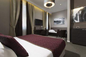 Deluxe Double room - Hotel Artemide  #Rome  #HotelArtemide #Deluxerooms #Vacations