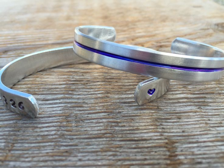 Thin blue line bracelet - blue lives matter - back the blue - police wife - police family - deputy - state trooper by RudePoodleDesigns on Etsy https://www.etsy.com/listing/247642191/thin-blue-line-bracelet-blue-lives