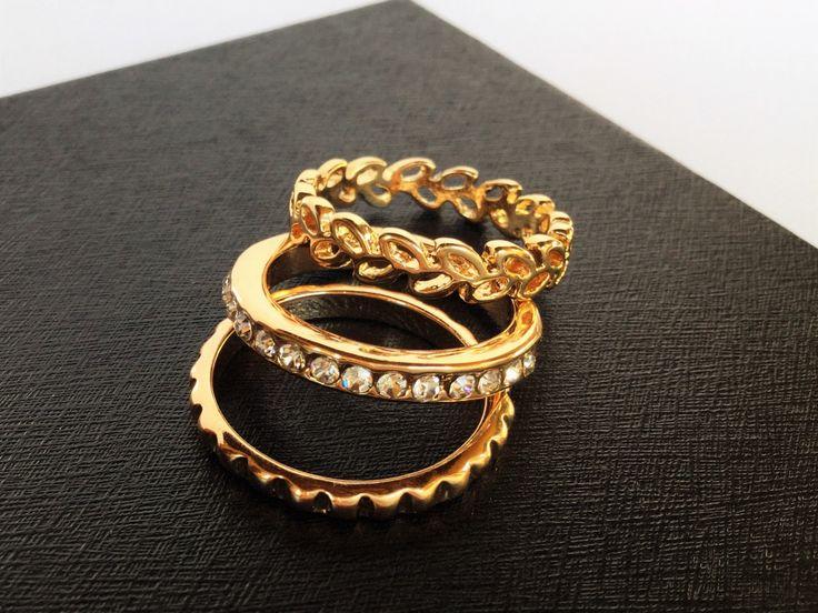 Vintage costume lot of three golden ring, vintage jewels, vintage ring - Lotto di tre anelli dorati, bigiotteria di epoca, gioielli vintage di Quieora su Etsy