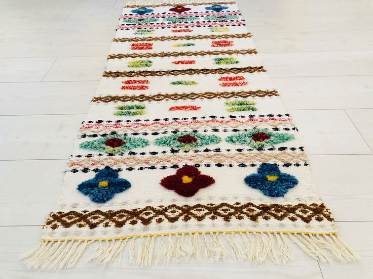 Excited to share the latest addition to my #etsy shop: Scandinavian Handwoven rag rug /carpet, traditional swedish folk craft. With details of rya rug  tecnique.