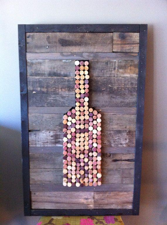 Handgemaakte wijn kurk kunst aan de muur. Dit stuk wordt zorgvuldig gemaakt door drinken ALOT van wijn... Nou misschien niet zo veel. Met pallet voorzien hout gemaakt. Hout inlijsten in zwart geschilderd, maar kan worden gewijzigd. Dit stuk is ongeveer 38 x 24. Geen twee stukken zijn hetzelfde en zal elk lichte afwijkingen hebben. Rand kleur kan worden veranderd en achtergrond is gekleurd, maar kan ook worden geschilderd. Message me voor speciale verzoeken. Laat 2-3 weken voor…