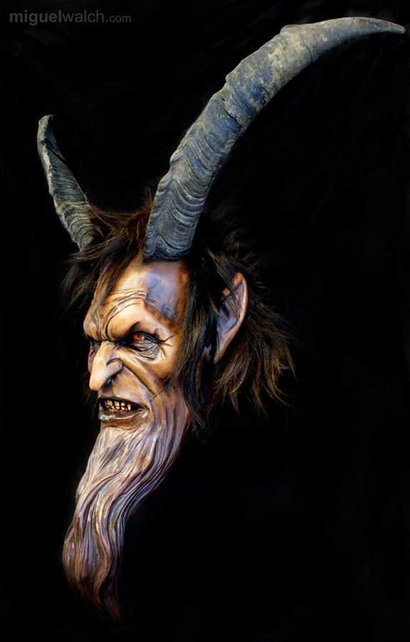 Miguel Walch Holzmasken | Krampusmasken