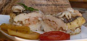 INGREDIENTES:  1 lomo de merluza freso 500 gr de gambas peladas 250 gr de sepia 1 patata grande 1 cebolla 2 tomates 1 pimiento verde Vino...