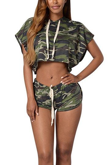 US$17.95 -YOINS This is a sexy suit which will attract people's attention and regular fit, Camouflage, drawstring shirring waist and Leak navel are the characteristics of it, the suit is suitable for street shooting with high heels and gymnasium with sport shoes.