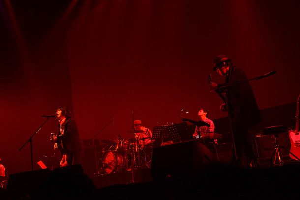 加藤ミリヤ&峯田和伸、映画イベントで「愛を叫びに来ました!」(画像 19/43) - 音楽ナタリー