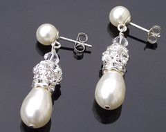 Teardrop Pearls - The Gemma Clip-on Earrings
