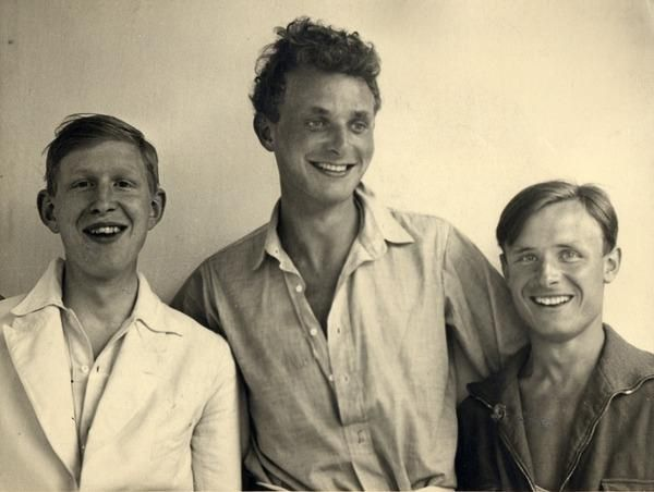 etund: W.H. Auden, Stephen Spender, and Christopher Isherwood on vacation at the North Sea, 1931