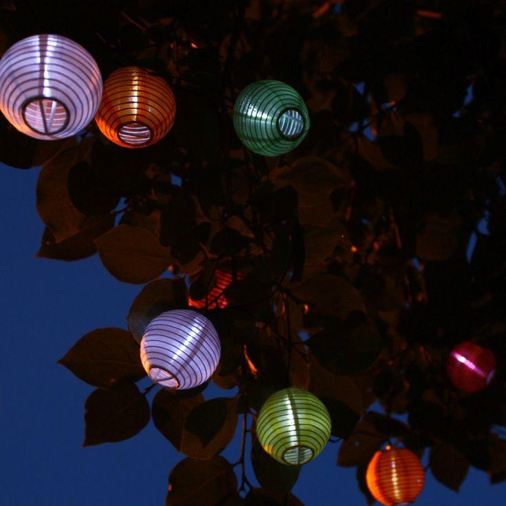 Les 25 meilleures id es de la cat gorie guirlande solaire for Guirlande led exterieur solaire