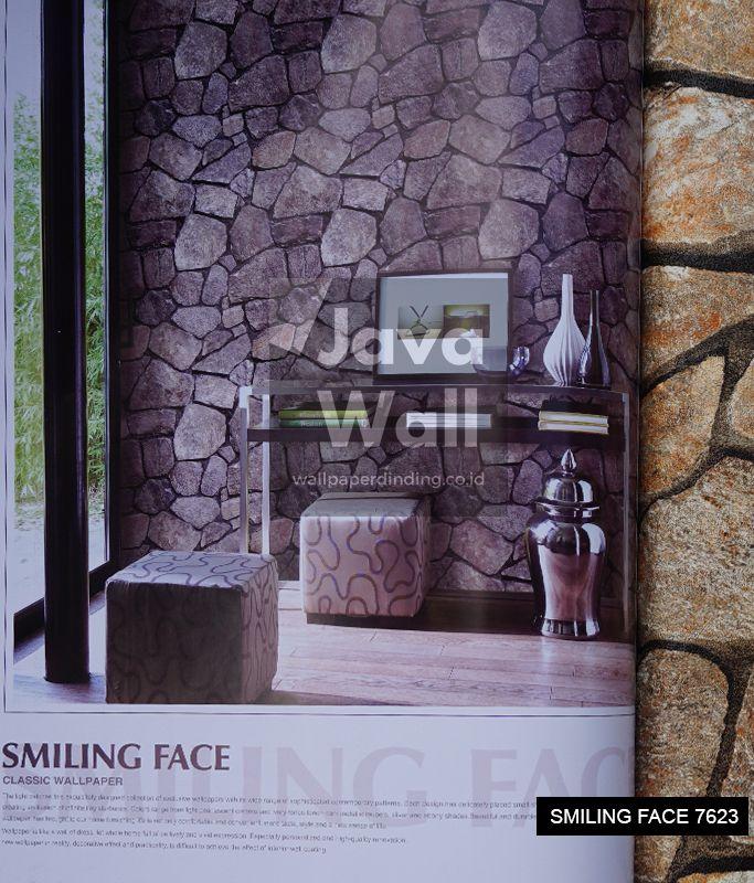 wallpaper smilling face 7623
