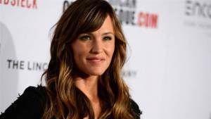 Find Jennifer Garner Birthday at http://alizaumer.com/famous-celebrity-birthdays/