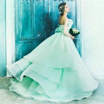 NOVARESE(ノバレーゼ)●ノバレーゼグループ:【ミントグリーン×フェミニン】優しくゆれるプリンセスドレス