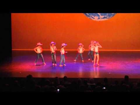 Het wilde westen - Kleuterdans 4-6jr & Kidsdance 4-6jr - YouTube