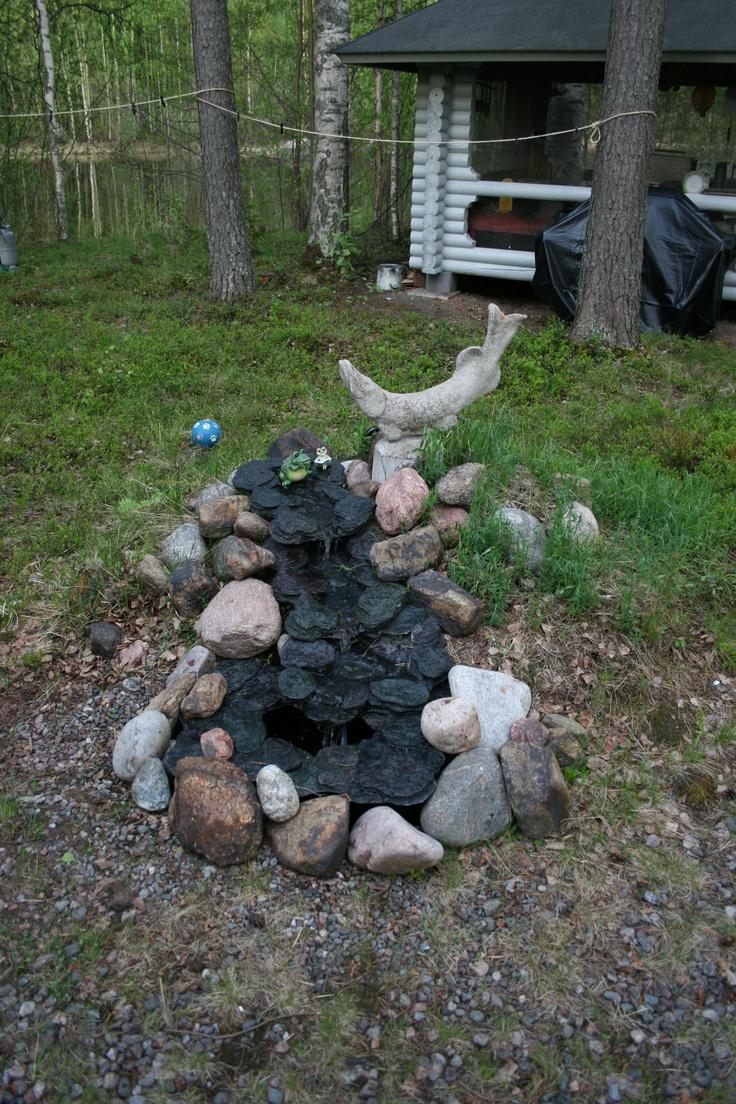 Suihkulähde, joka muotoutuu joka kesä uudestaan :)