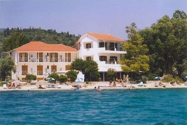 Nikiana Beach Club Lefkada is in an ideal location. Combine a comfortable stay with the excellent service of the friendly staff,for unforgettable vacations. http://lefkadarooms.com/nikiana-beach-resort/