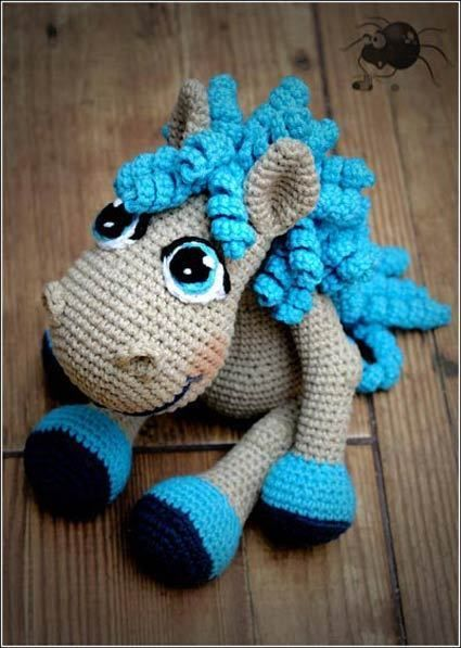 Cute little crochet horse