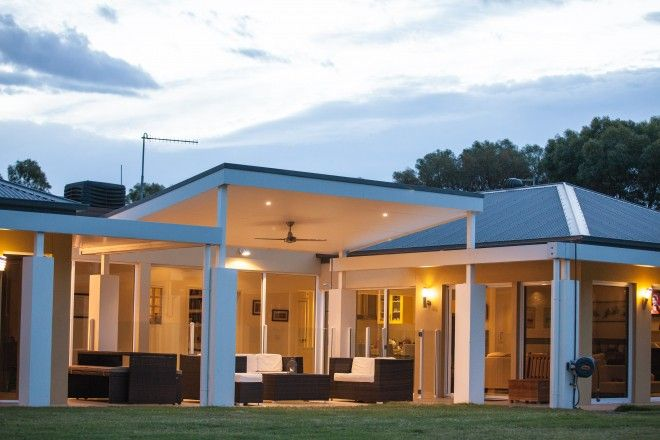 Realm Building Design Echuca - Murray Drive - lighting - skillion -