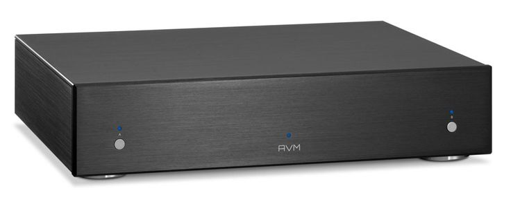 The AVM Evolution SA3.2S, a combination of stunning sound and enormous power from this stereo power amp.