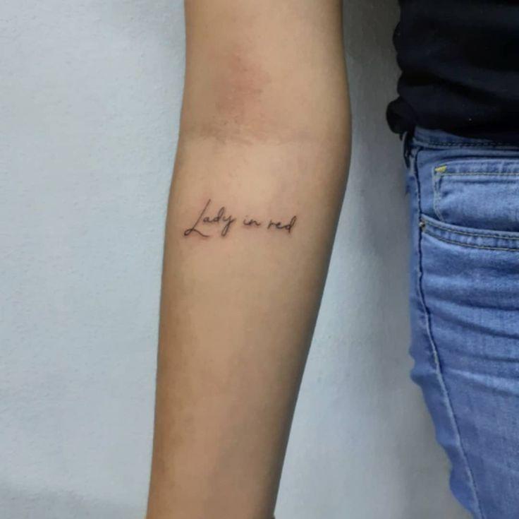 ❤. . #tattoo #tatuajes #minitattoo #lineatattoo #finelinetattoo