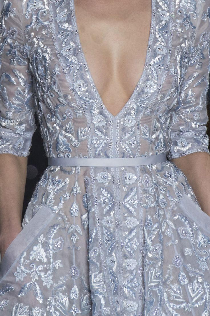 Die besten 17 Bilder zu long dresses auf Pinterest   Haute couture ...