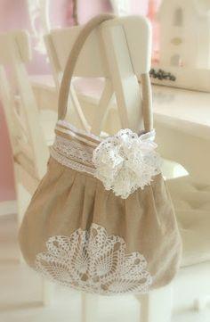 24 Homes: Doily Handbag / Handtas met Kanten Kleedje