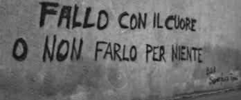 Risultati immagini per scritte sui muri d'amore