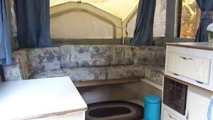 Tente roulotte à vendre City of Montréal Greater Montréal image 2