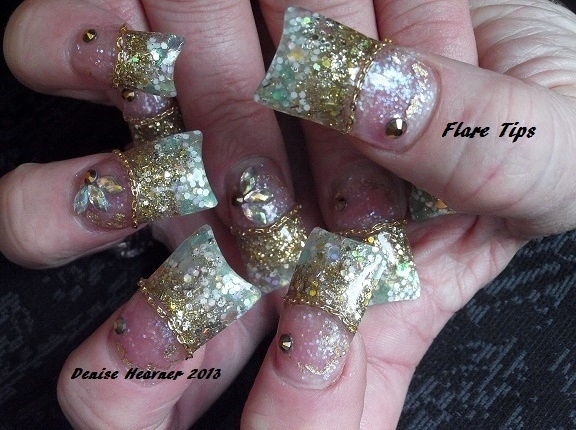Duck / Flare acrylic nails