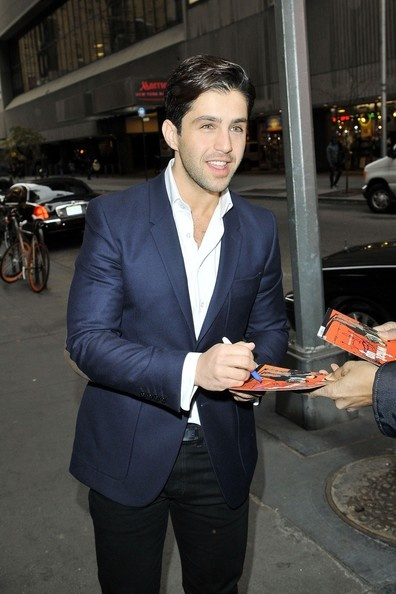 When the hell did Josh Peck grow up into this?