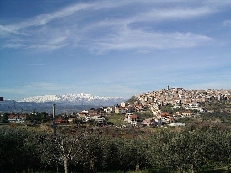 #Monteodorisio e La #Maiella - #Abruzzo #panoramio www.abruzzoruralproperty.com #Abruzzoruralproperty