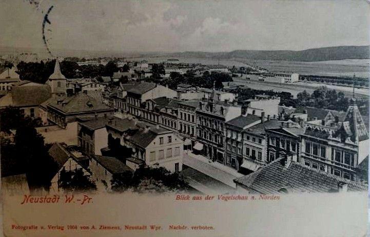 Wejherowo. Widok na dzisiejszą ulicę Sobieskiego. Widoczny dawny kościół ewangelicki rozebrany na początku XX wieku.