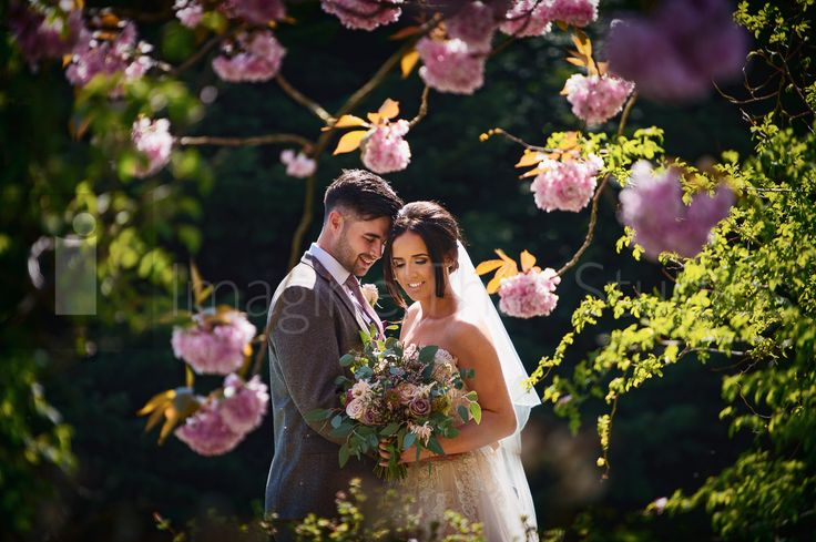 Adam and Hattie : Miskin Manor Hotel Cardiff Wedding Photography???????  http://www.imaginethat.uk.net/recent-weddings/2017/5/17/adam-and-hattie-miskin-manor-hotel-cardiff-wedding-photography  #brides #weddings #weddingvenues