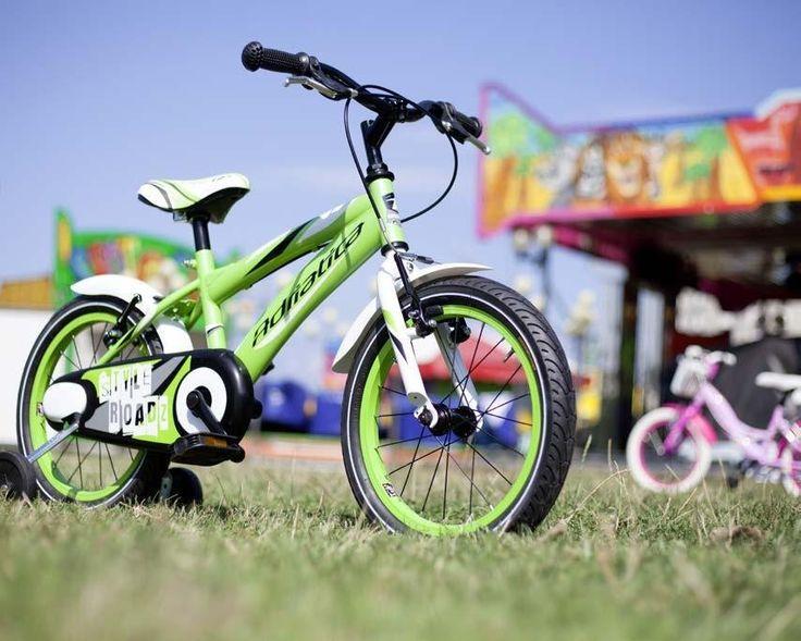 Bicicletas Adriatica es también bicicletas junior...una de las bicis estrella de todas las Navidades:  https://www.avantumcompanystore.com.es/tienda-de-bicicletas-madrid/?bicis-junior,46  #avantumbikes #labiciurbana #reyesmagos