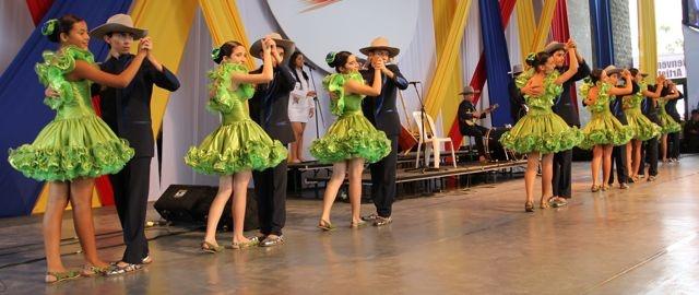 Los Niños del Joropo deleitaron a Colombia.  Crédito Miltón Ramírez/MinCultura2012