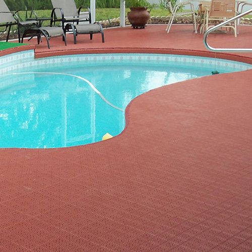 Interlocking patio floor tiles