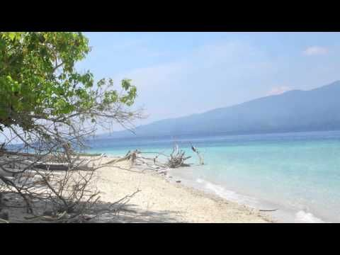 Maluku Melanesia Song - Waktu Hudjan Timur - YouTube