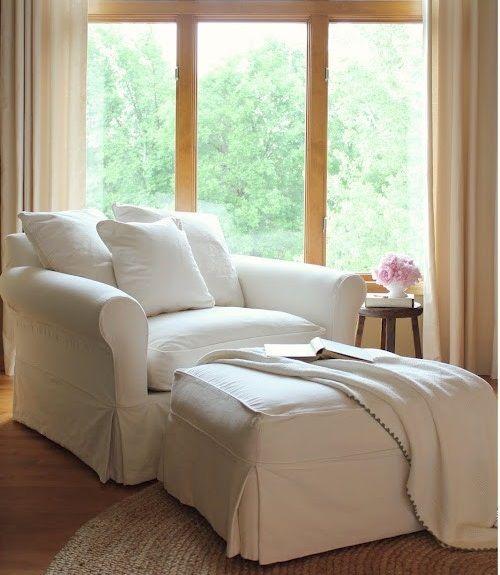 Best 25+ Bedroom reading chair ideas on Pinterest   Bedroom chair ...