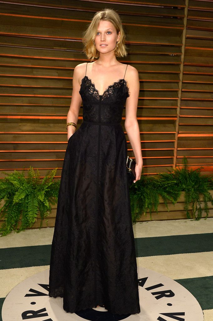 Toni Garrn Evening Dress - Toni Garrn opted for a lingerie-inspired black gown by Elie Saab for the Vanity Fair Oscar party.