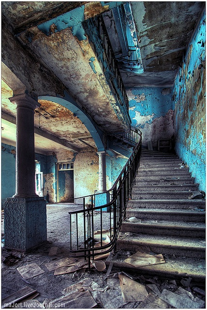 Inside an abandoned hotel in Abkhasia, Southern Russia (by tommynoker)