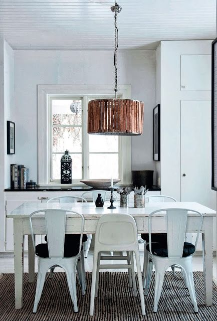 OUI . OUI: Beautiful black and white interior in Sweden