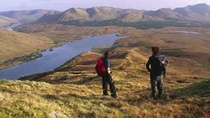 This 5 days and 4 nights tour Dingle Way walking tour travels along the beautiful Dingle Peninsula and is ideal for guests having only a few days available for a short walking holiday. Perhaps you want to spend the remaining days of your holiday exploring greater distances by car (we are happy to organise a hire car for you) but you still want to get out and about for at least some of the time.