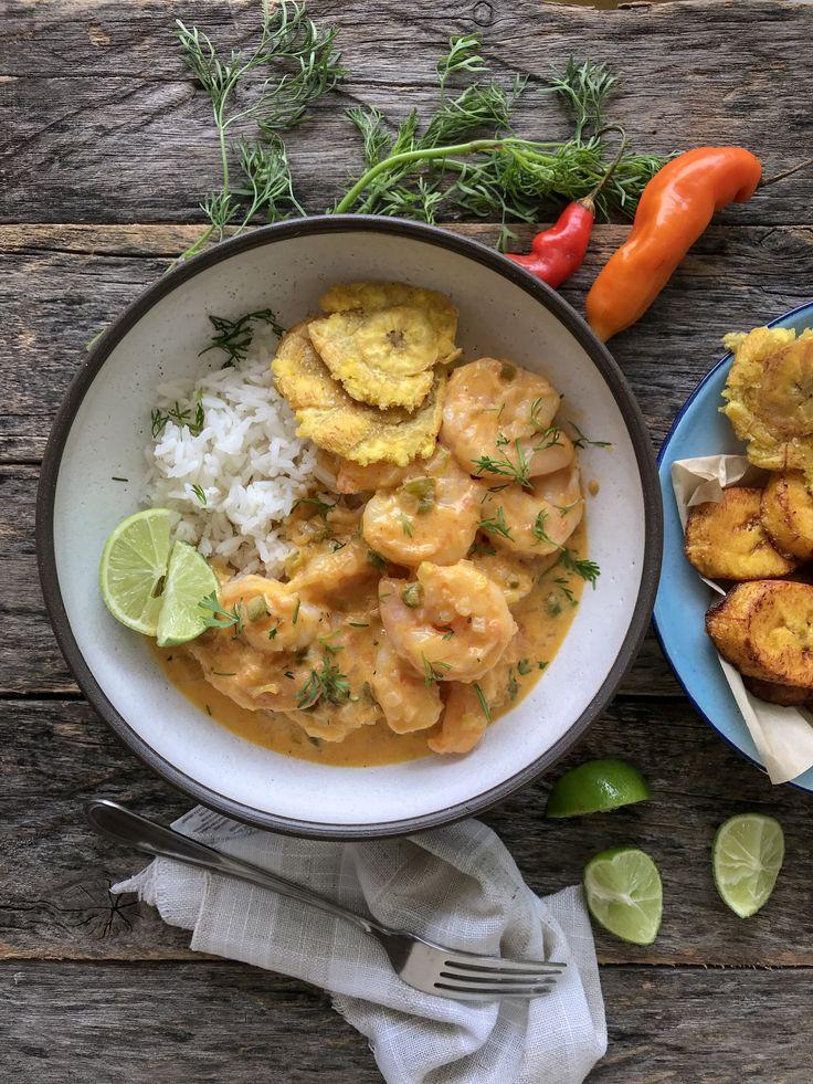 Encocado de Camarón - Seafood Dishes, Fish And Seafood, Seafood Recipes, Cooking Recipes, Healthy Recipes, Healthy Meals, Healthy Food, Colombian Food, Colombian Recipes