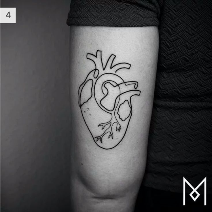 One line heart tattoo Line tattoos, Mo ganji, Anatomical