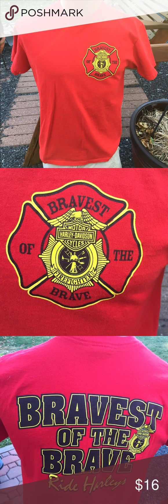 Harley Davidson Firefighters Mens T Shirt Size M Size medium. Super gently preowned Harley-Davidson Shirts Tees - Short Sleeve