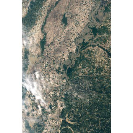 Satellite image of flood waters in Memphis Tennesse Canvas Art - Stocktrek Images (23 x 34)