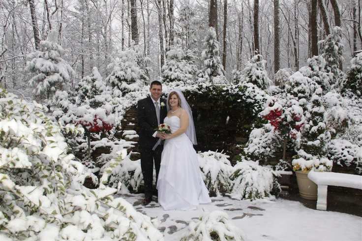 Smoky Mountain Winter Wedding ♥
