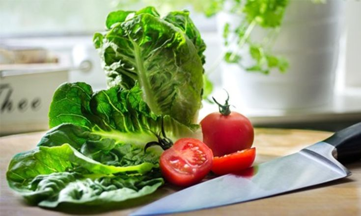 Vegetables are low in calories but rich in vitamins, minerals and other important nutrients. In addition, many are low in carbs and high in fiber, making them ideal for low-carb diets. The definition of a low-carb diet varies widely, but most are under 150 grams of carbs per day and some go as low a...