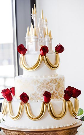 Ooooh - another gorgeous Beauty and the Beast Disney wedding cake!!! | Disney Fairy Tale Weddings and Honeymoon